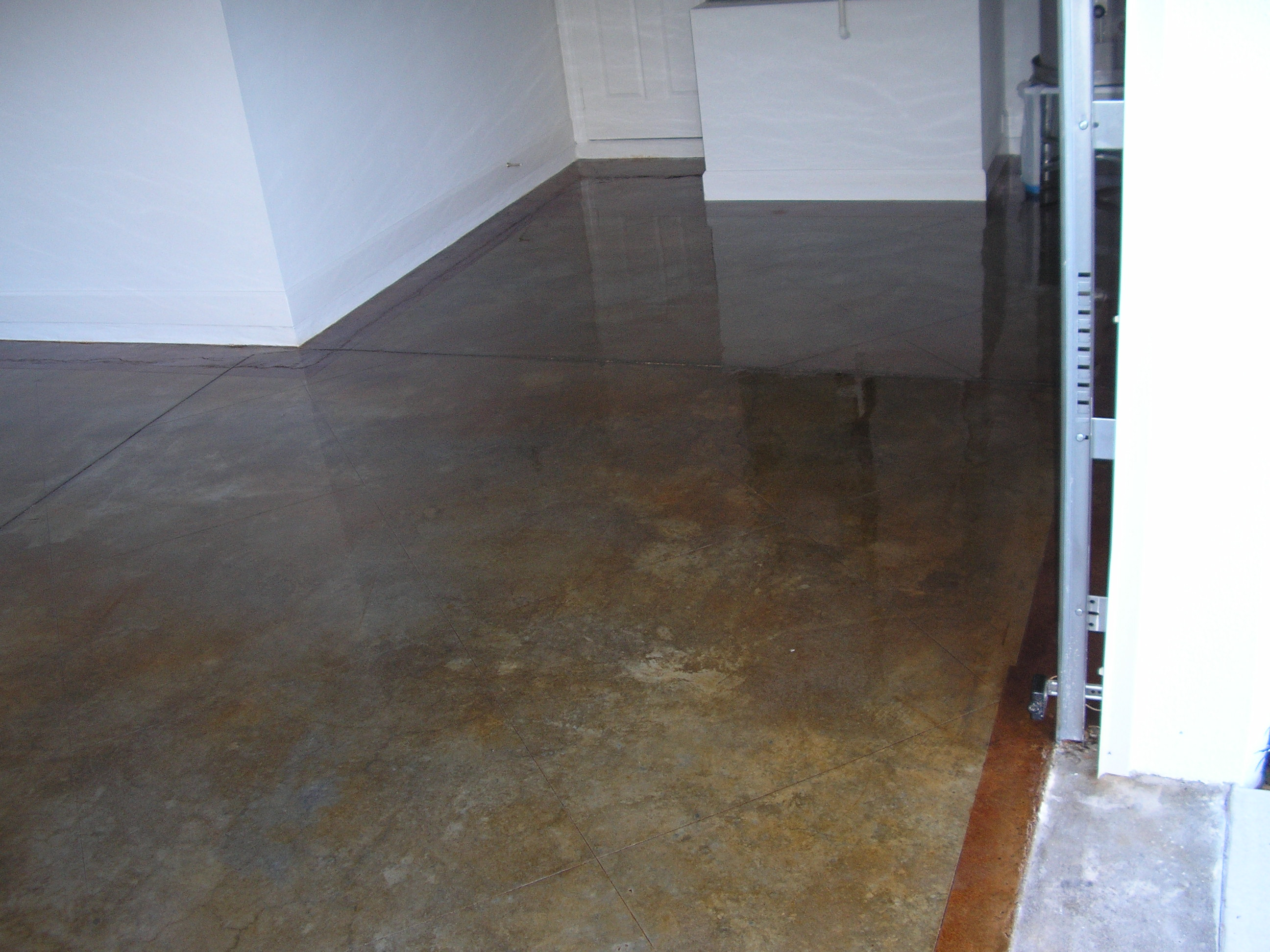 Stained concrete floor house ideas pinterest for Concrete floors in house